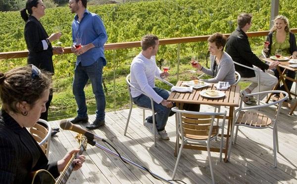 6 Wineries 1.jpg