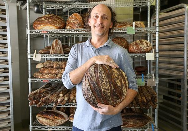 11 Iggy Bread.jpg