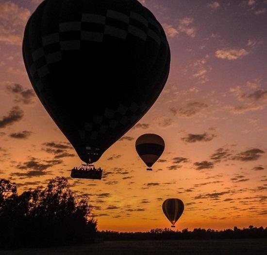 3 Balloon 2.jpg