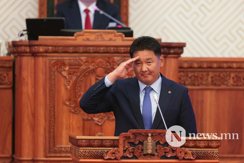 U.Khurelsukh 총리, 내가 시작한 일을 완성할 수 있는 기회를 주신 국민 여러분께 감사 드린다.jpg