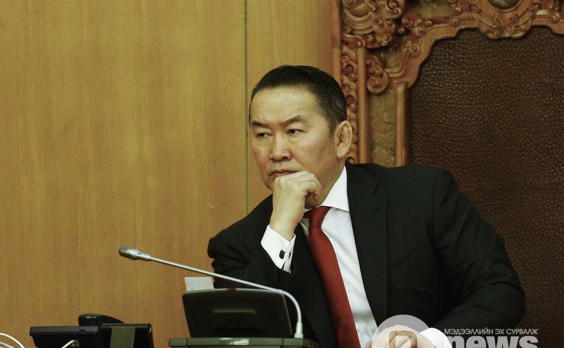 대통령은 U.Khurelsukh의 총리 임명을 지지.jpg
