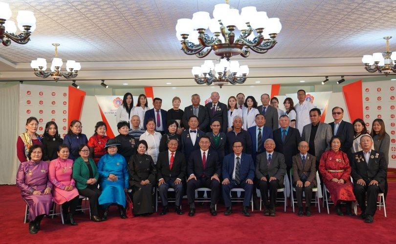 비정부기구들이 몽골인민당과 '양해각서'를 체결하여.jpg