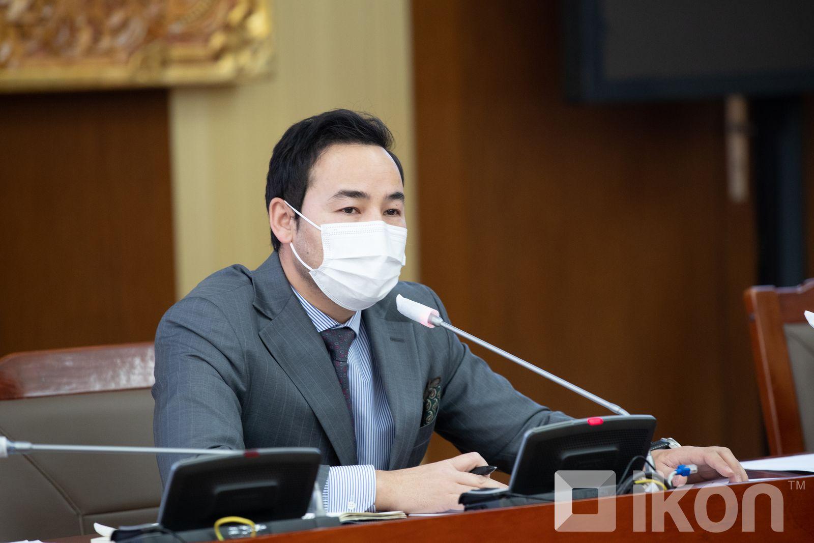 Ts.Ganzorig 대변인, 중국제 시노팜 백신이 오늘 22시에 몽골에 도착할 것.jpg