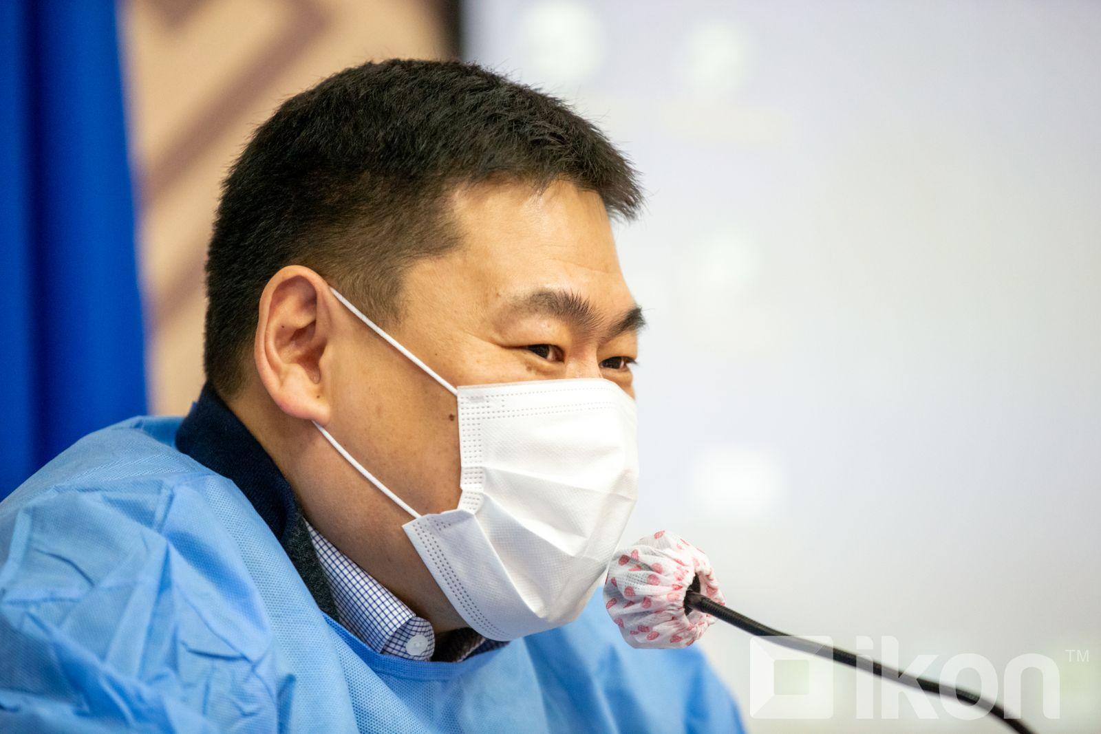 L.Oyun-Erdene 총리는 내일 아스트라제네카 백신을 처음으로 접종할 것.jpg