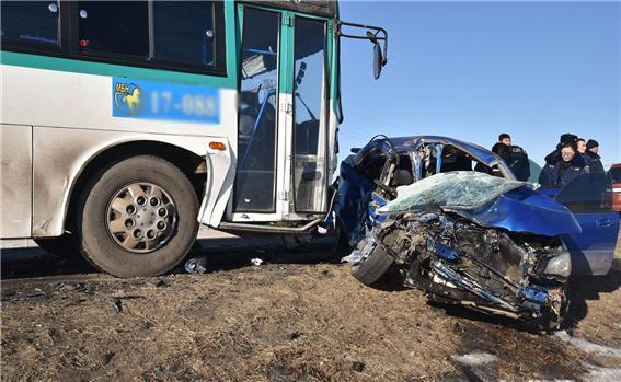 교통사고로 3명 사망.jpg
