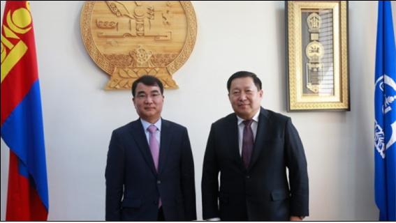 몽골중앙은행 총재, IMF 신임 몽골 담당자 면담.png
