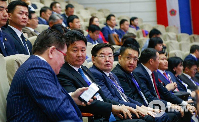몽골인민당은 실업과 위기에서 벗어나기 위해 무엇을 약속했는가.jpg
