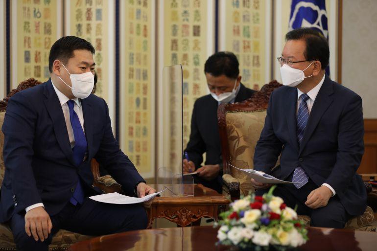 몽골 총리는 한국 정부에 한국에 거주하는 몽골인들의 예방접종을 지원해 줄 것을 요청하여.jpg