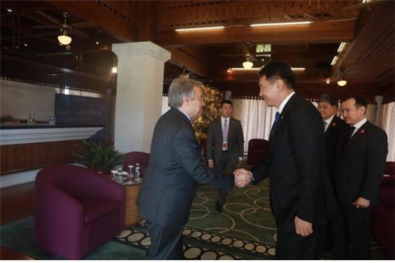 후렐수흐 총리, 유엔 사무총장을 몽골에 초청.jpg