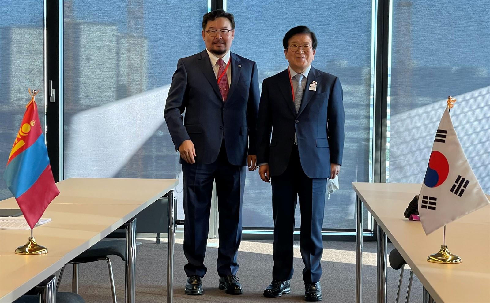 국회의장들은 양국 간 협력 확대에 대해 의견을 교환.jpg