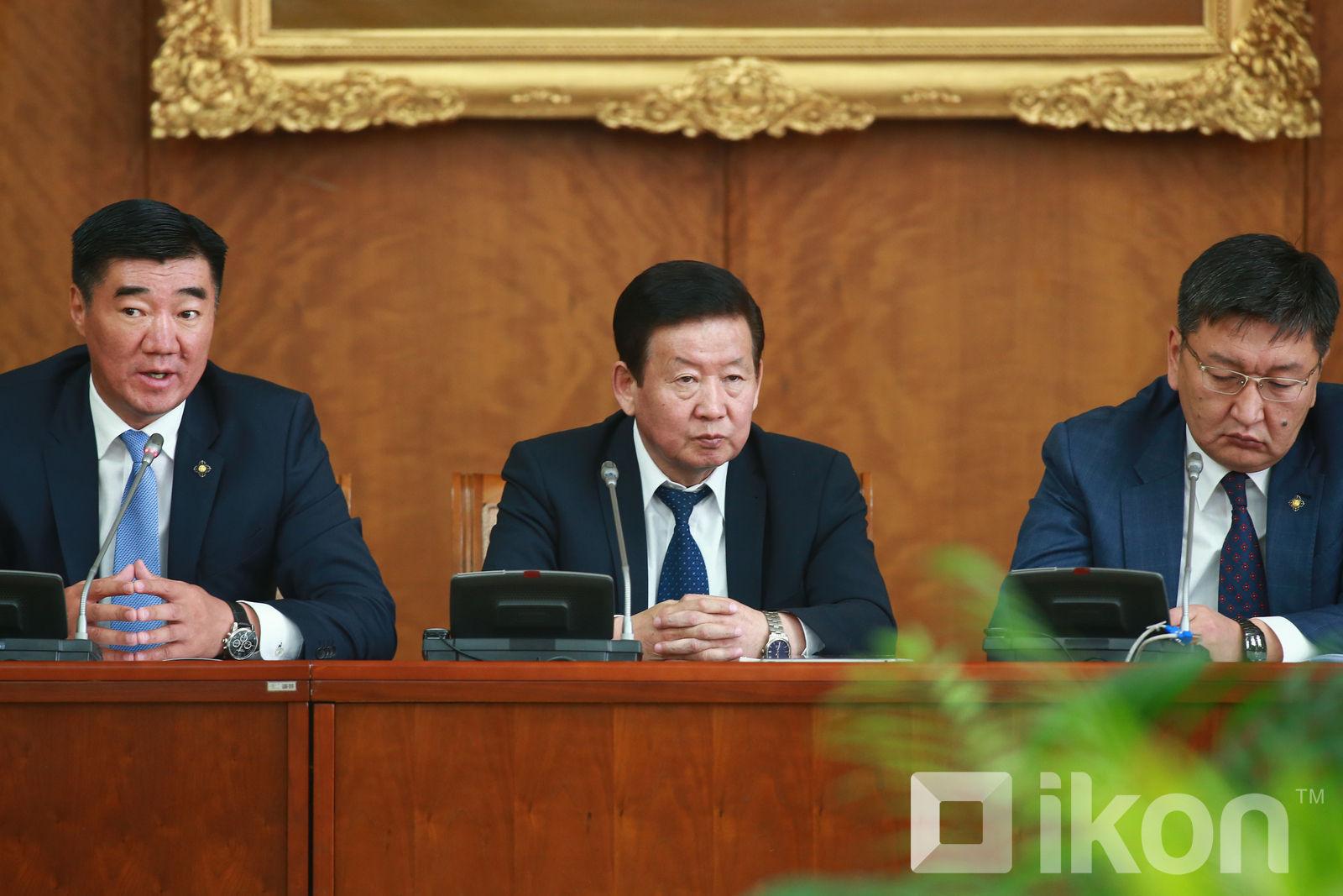 대통령 임기 6년, 연임제 폐지안을 헌법 개정안에 포함.jpg