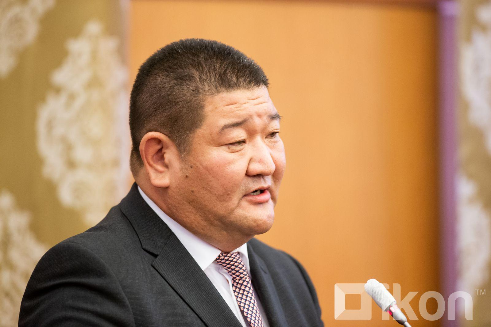 B.Munkhbaatar, 오늘부터 시중은행들이 6% 주택담보대출 발행을 시작하여.jpg
