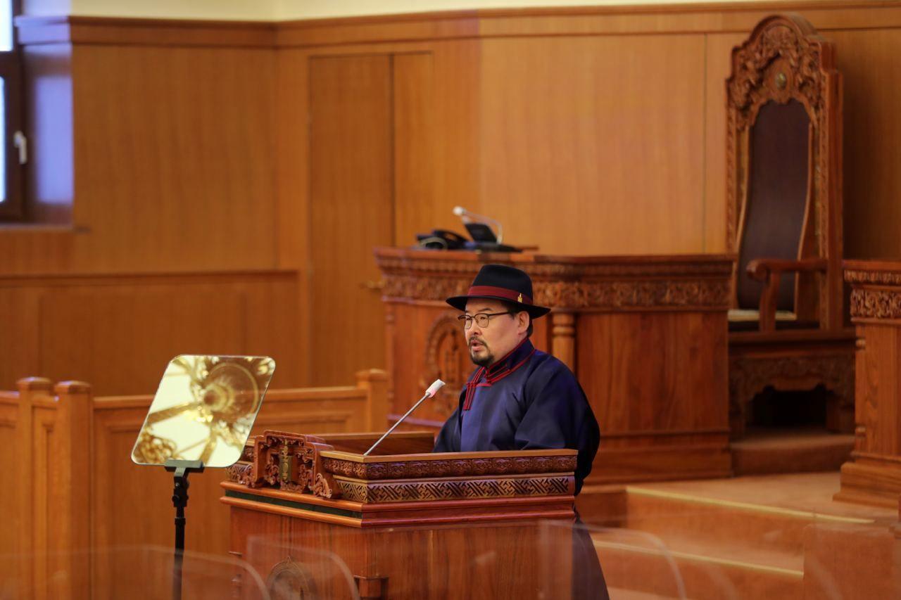 G.Zandanshatar 국회의장, 몽골의 밝은 미래를 위해 모든 사람들이 함께 일할 것을 촉구.jpg