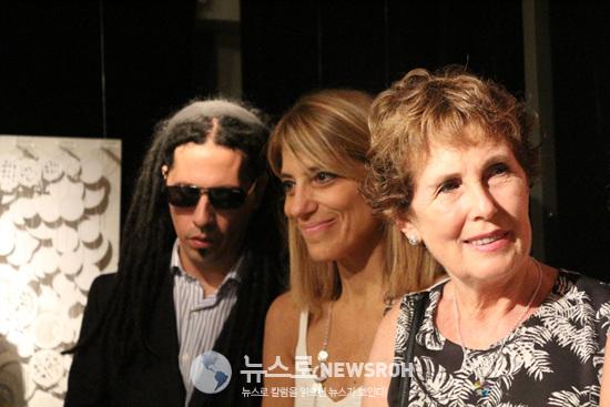 작가 3인 왼쪽부터 Peti Lopez, Claudia Bruno, Nora Recepter.jpg