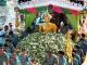 ▶ 불상을 태운 배에 연꽃을 던지는 'Rap Bua Festival'