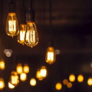 과다 청구된 전기요금은 다음 달로 이월 가능하여