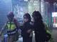 시민들 최루가스 장기 노출 두려움에 떨어