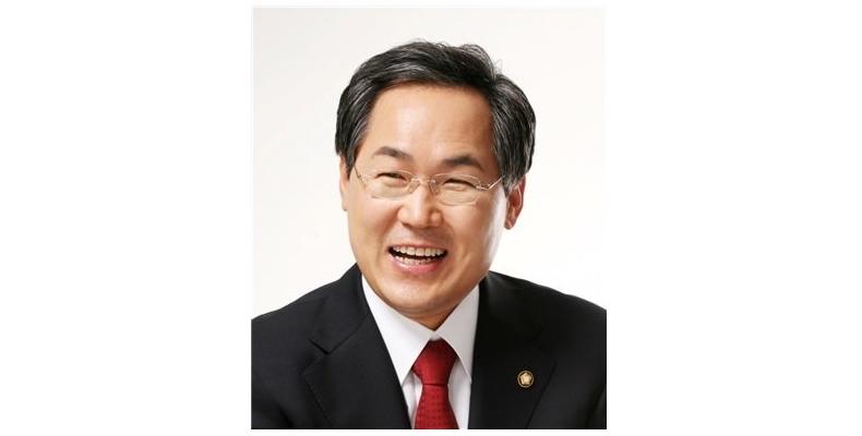 """""""한-러 교역량 300억달러 열린다"""" 우윤근 주러대사"""