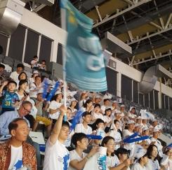 여자농구 단일팀 준결승전 남북 공동 응원 광경